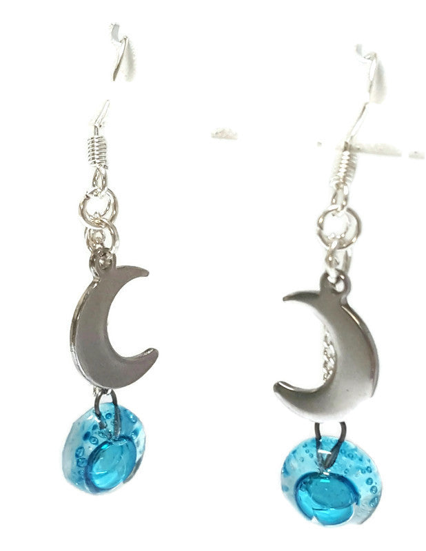 Small moon dangling earrings. Turquoise, aqua blue bead
