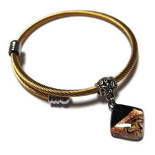 Load image into Gallery viewer, Adjustable stretch stainless steal bangle bracelet. Twisted wire Golden plated bracelet. Black and Brown, Recycled fused glass bead.