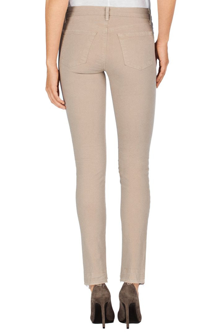 J Brand Skinny Leg Pant in Sand Sky - Call Me The Breeze