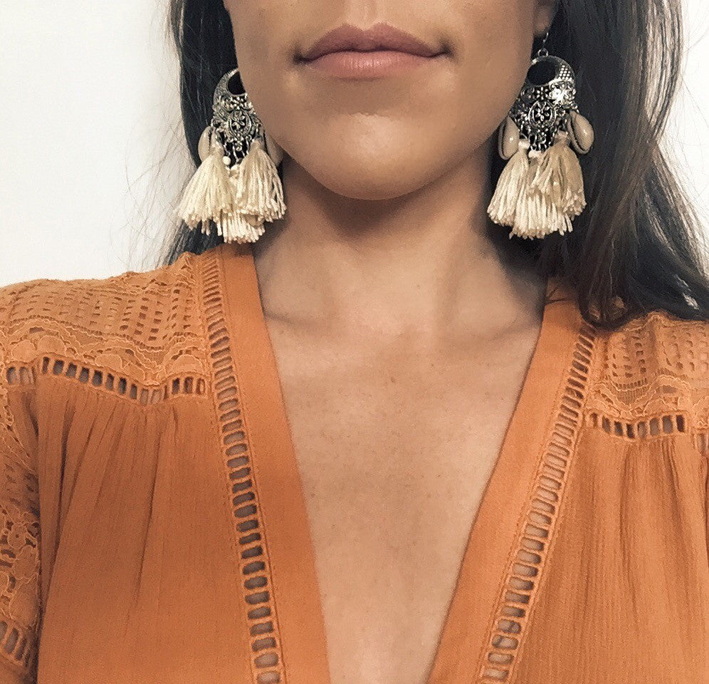 Call Me The Breeze Dolly Tassel Earrings Cream - Call Me The Breeze - 3