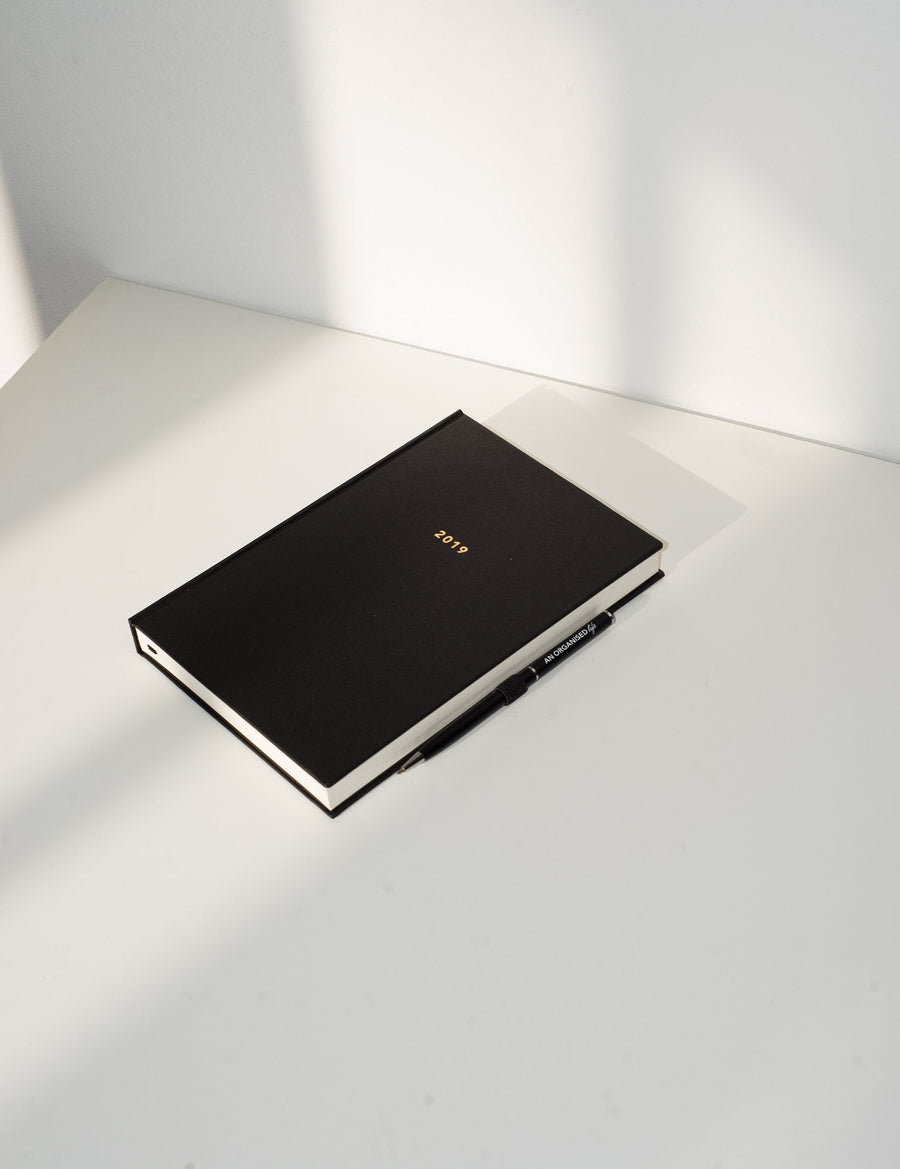 An Organised Life 2019 Signature Diary and Pen