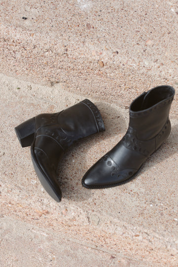 Maisie Moon Phase Boots Onyx