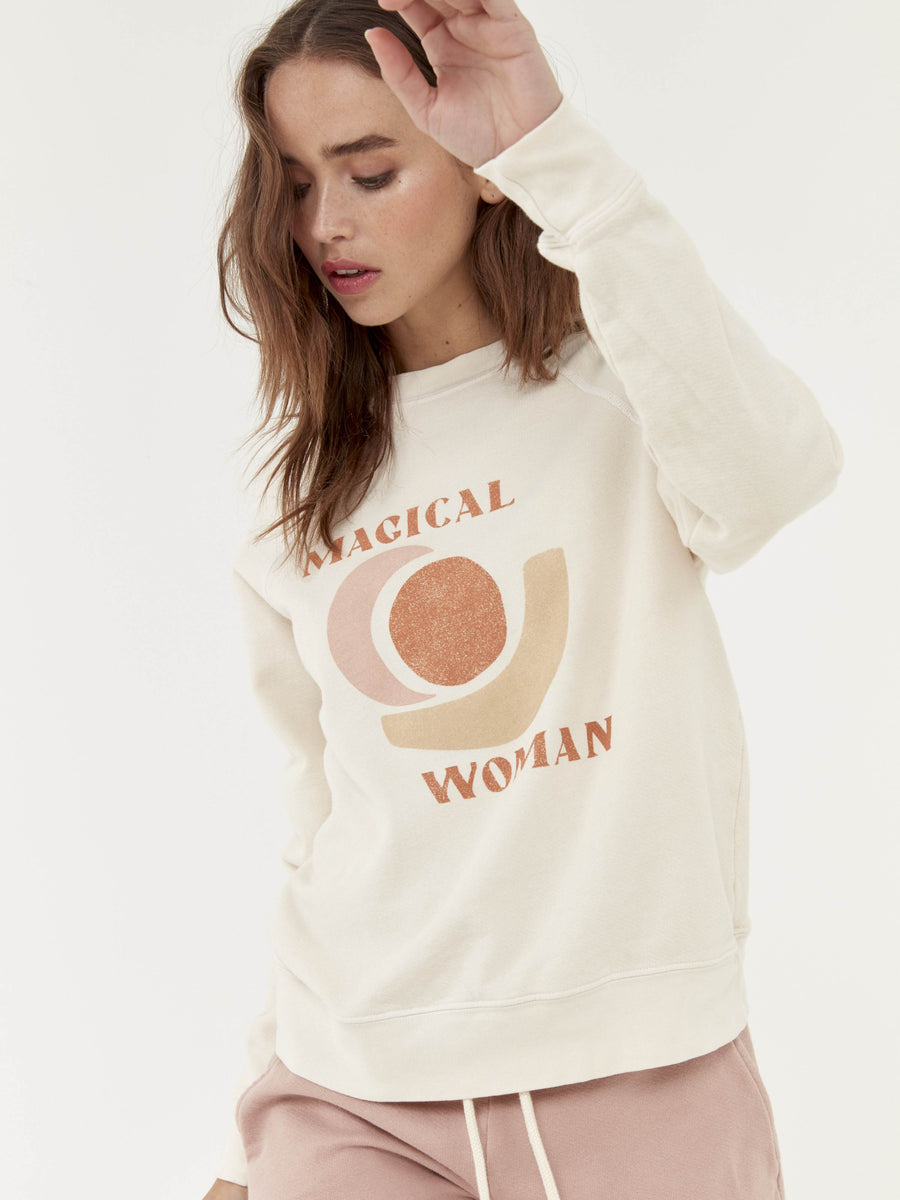 Mate Magical Woman Vintage Pullover