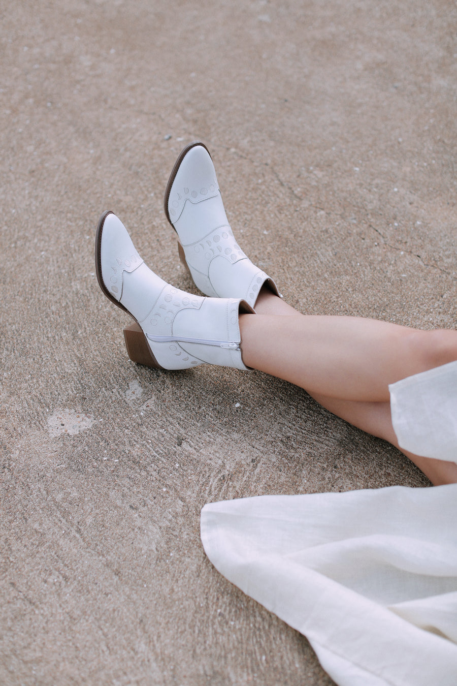 Maisie Moon Phase Boots Milk