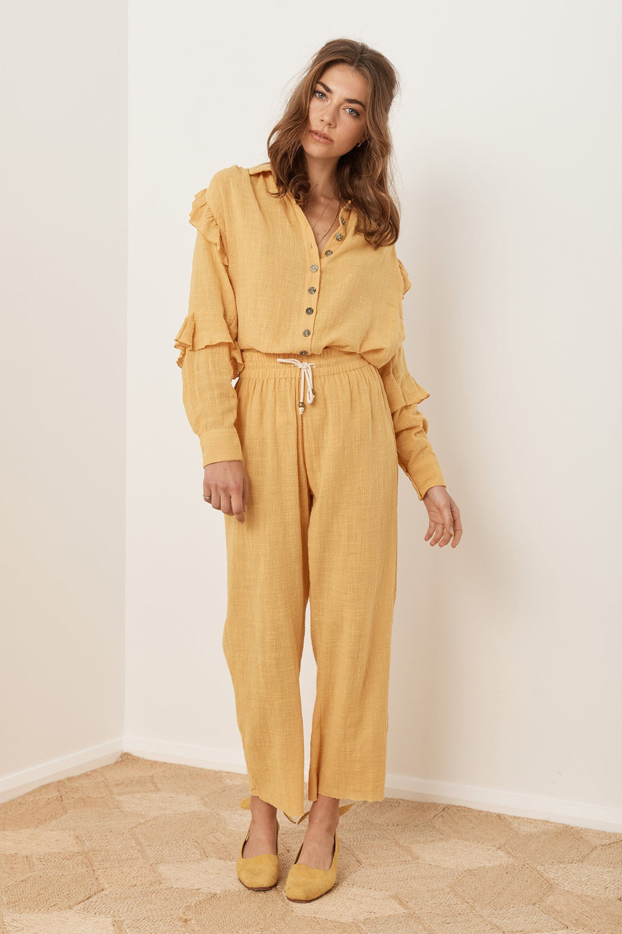 Saint Helena Sovereign Pant Gold