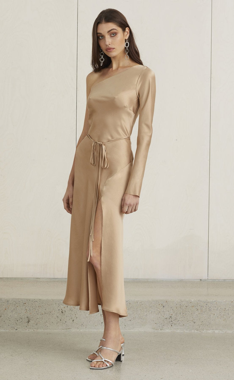 Bec and Bridge Classic One Shoulder Dress Camel