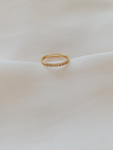 Bonita Moon Phase Ring Gold