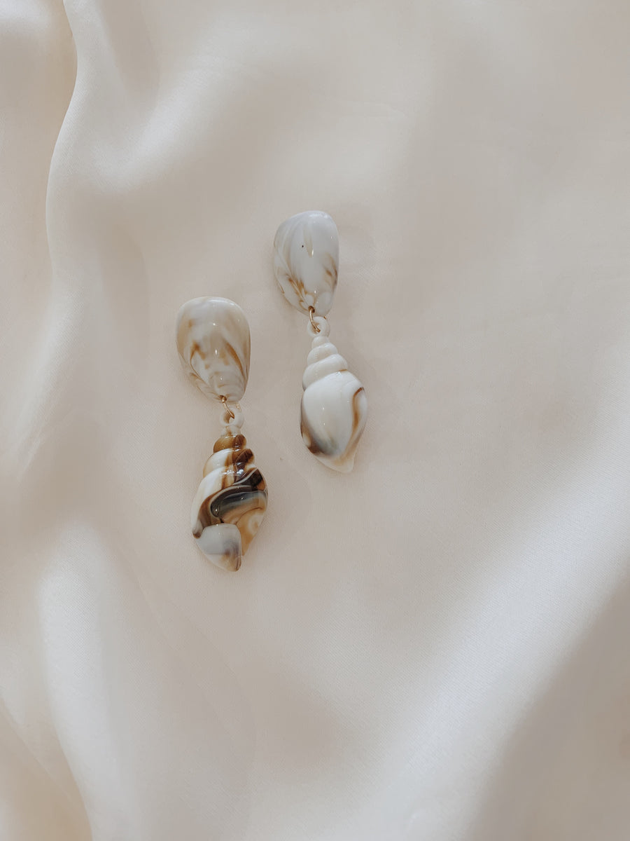 Sally Seashell Drop Earrings Choc Marble