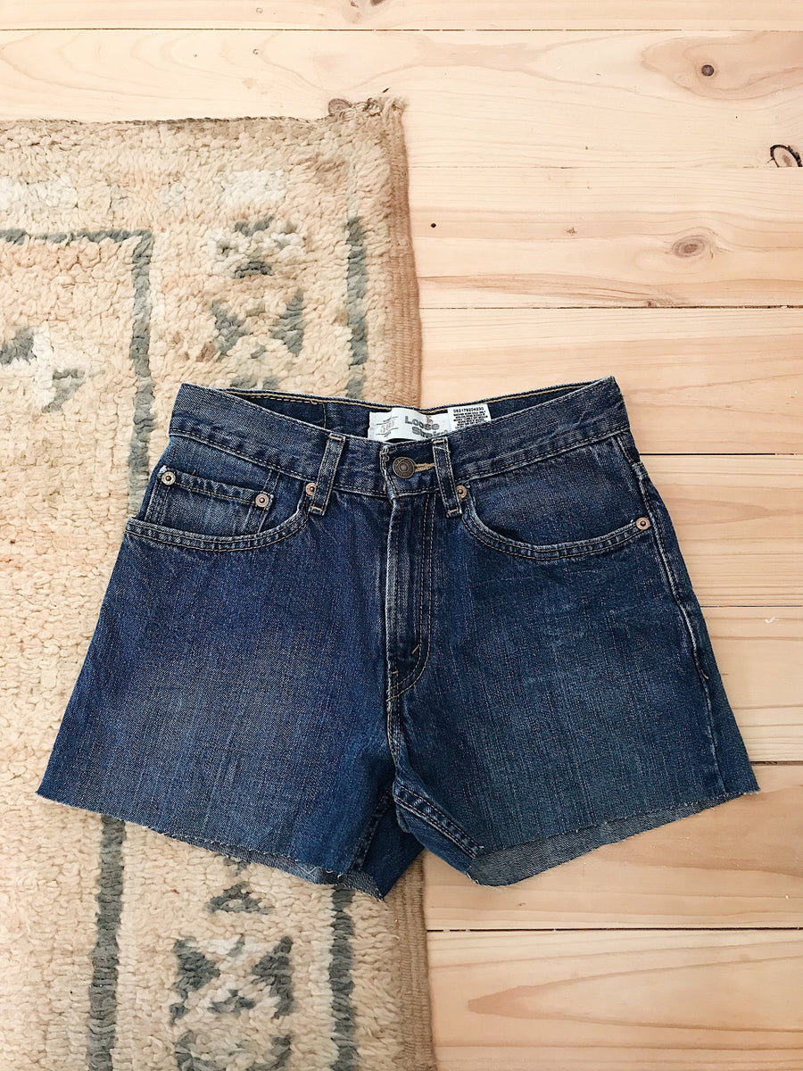 Vintage Levis Denim Shorts Size 29 Vintage Wash