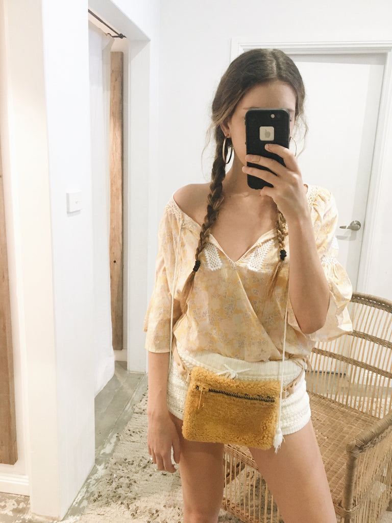 Shearling Fanny Pack Golden