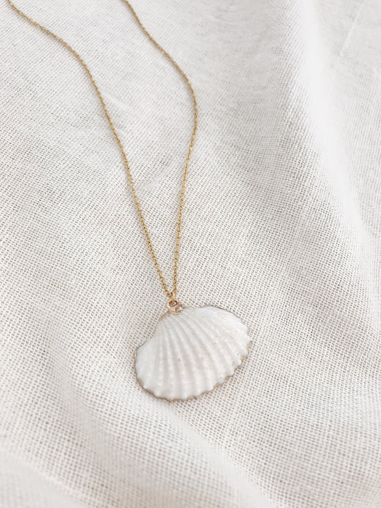 Dulcie Shell Necklace
