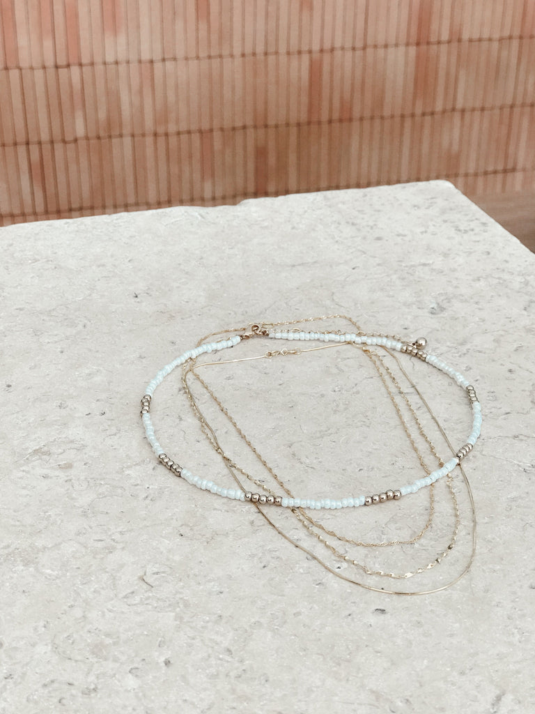 Ava Gold Chain Petite Wave