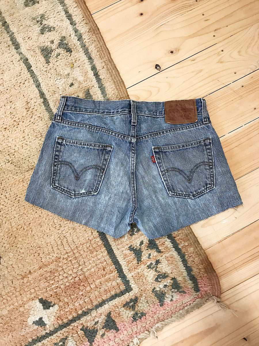 Vintage Levis Denim Shorts Size 30