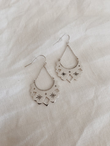 Call Me The Breeze Eve Earrings Silver