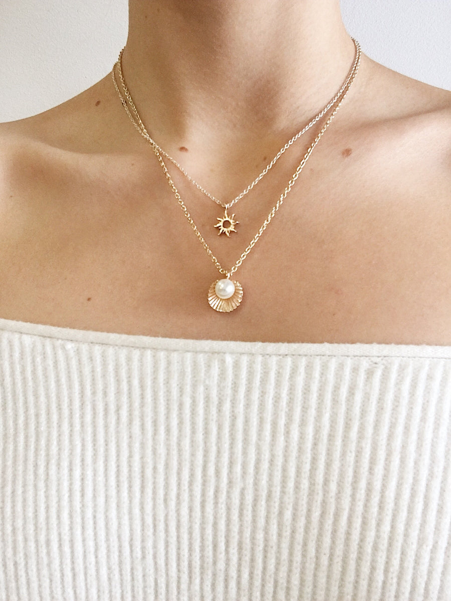 Sol Necklace Gold