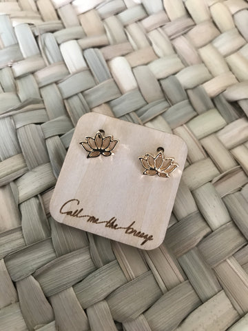 Call Me The Breeze Lotus Studs Gold