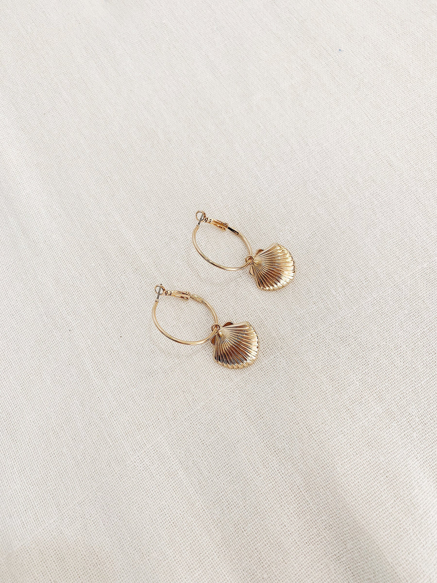 Kiana Shell Earrings