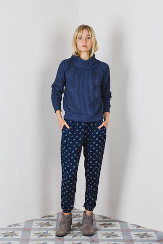 Lilya Iman Jumper Navy - Call Me The Breeze - 1