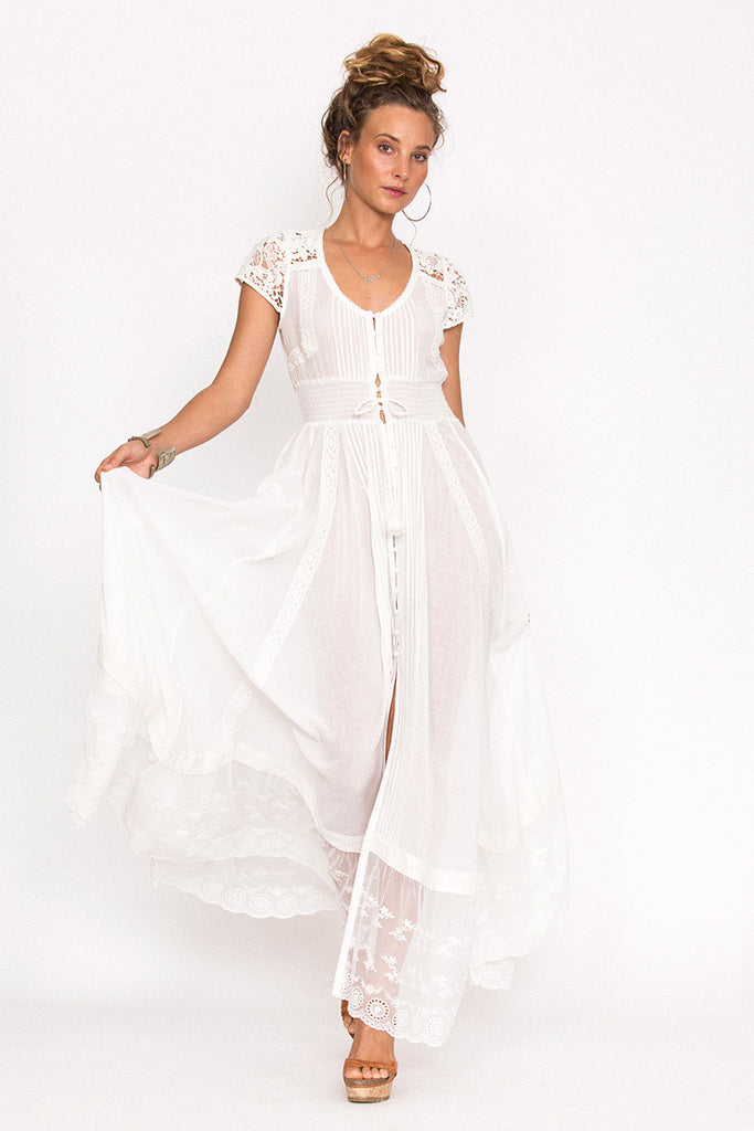 Spell Wild Belle Gown White – Call Me The Breeze