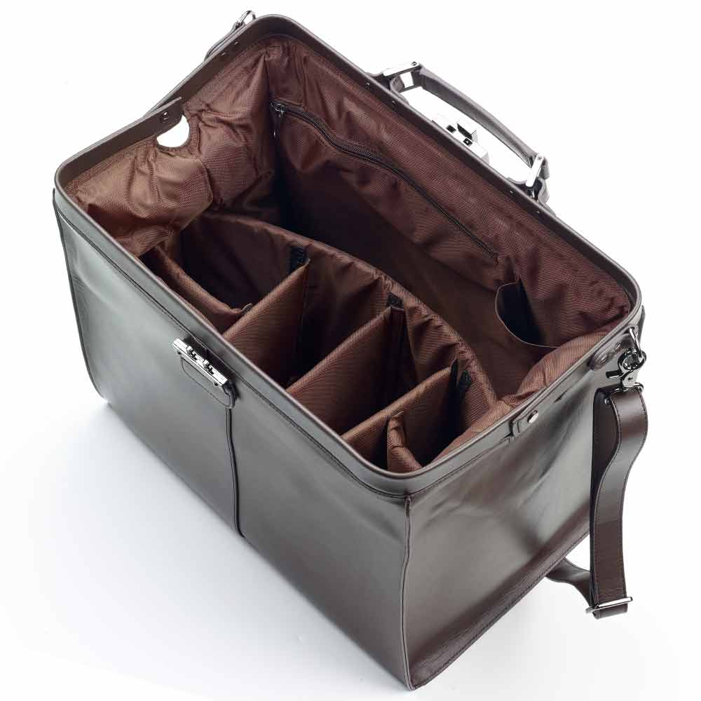 Leather Kit Bag (Brown)