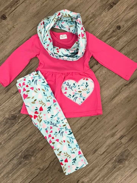 Pink heart scarf set