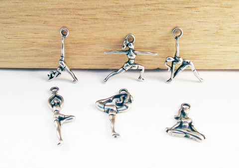 ALZ4 - Breloques Postures Yoga Pose Pendants - No Mercy Making