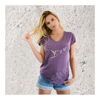 V-Neck Tee Cat Love