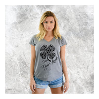 V-Neck Tee Clover I'm Your Luck