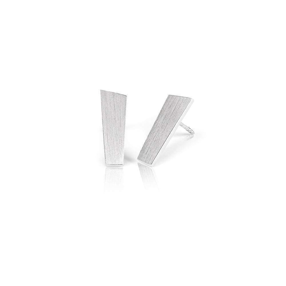 Silver earrings with a matte finish from the Pulpit Rock collection