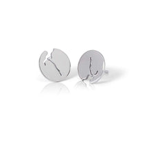Load image into Gallery viewer, Fjord earrings crafted from silver