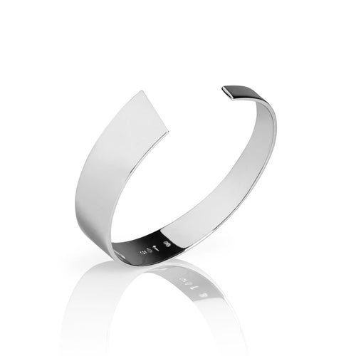Norwegian made silver bangle with a glossy surface