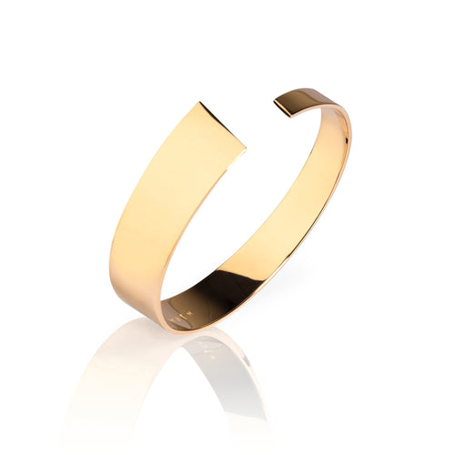Exclusive gold bangle from the Pulpit Rock collection by Ekenberg Scandinavia