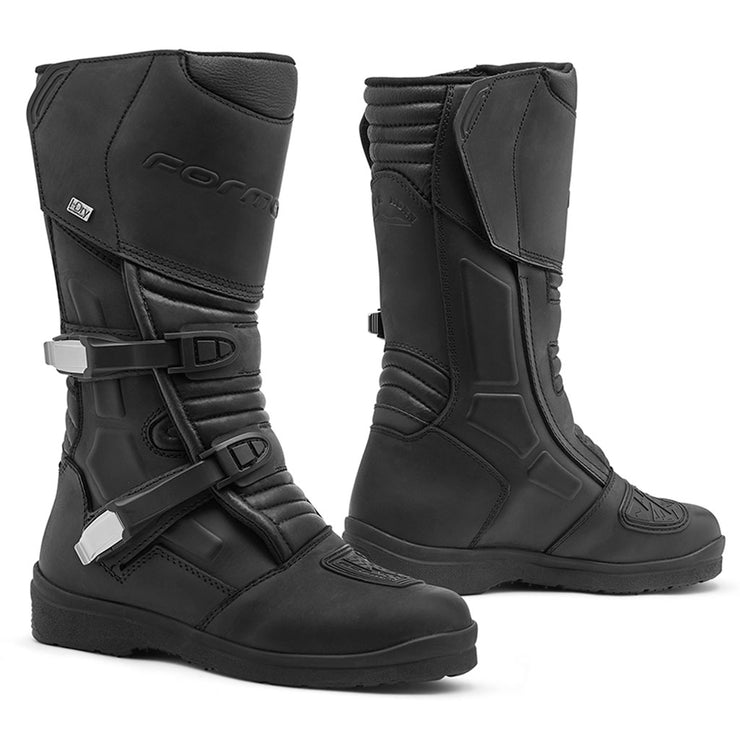 motorcycle boots Forma Cape Horn HDry black touring adventure street road waterproof