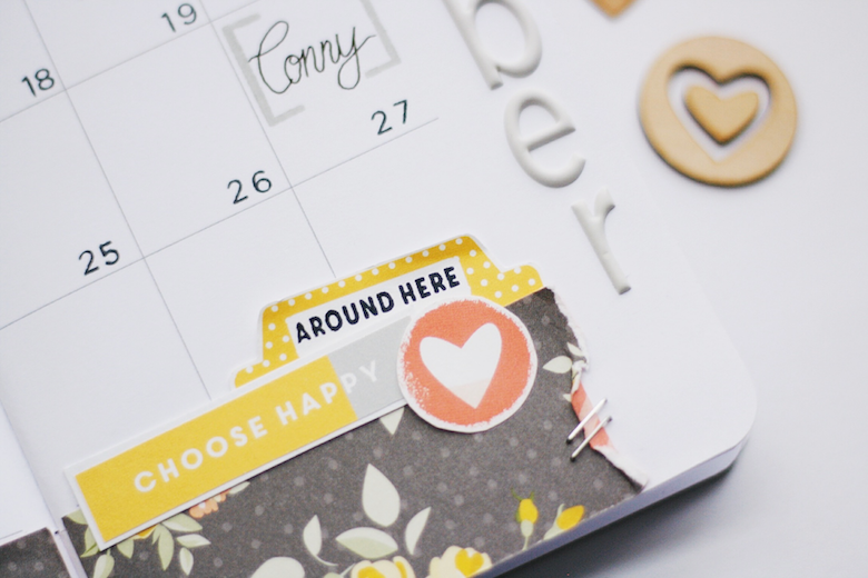 Monthly Planner Spread in a Traveler's Notebook | Peggy Emmrich