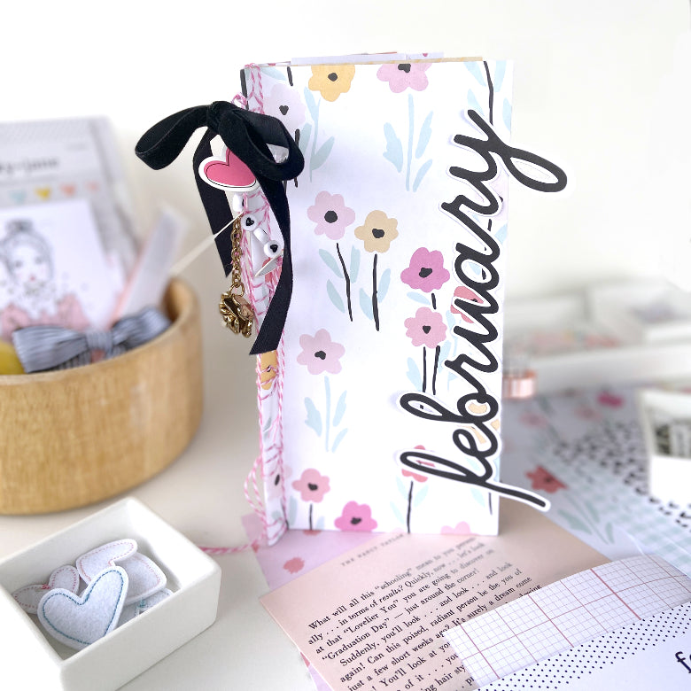 Patterned Paper Spotlight │ Japanese Bound TN Book │ Lydia Cost