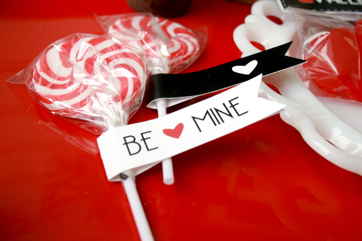 free printable valentines straw flags from felicity jane