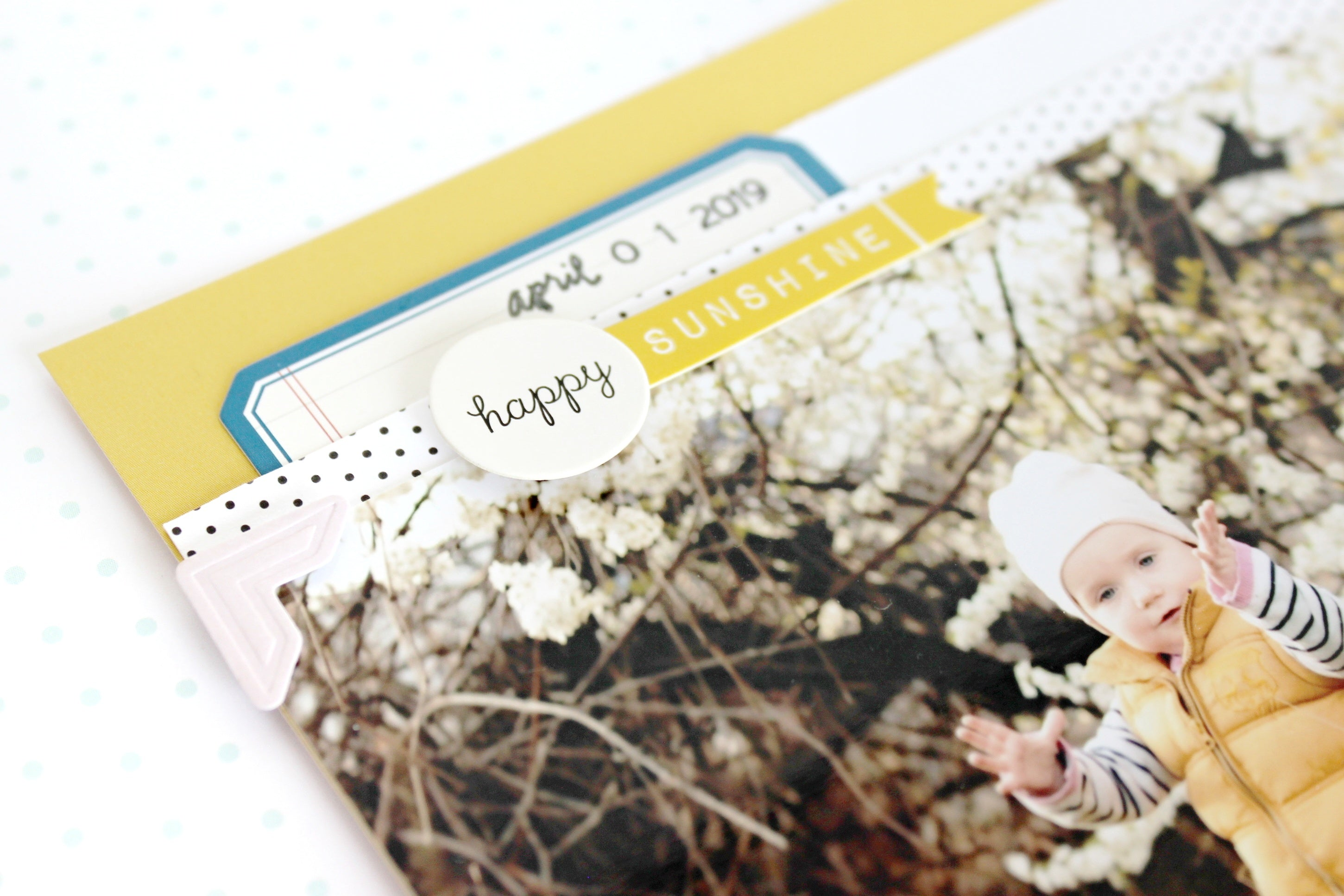 """Hello April"" layout 4 
