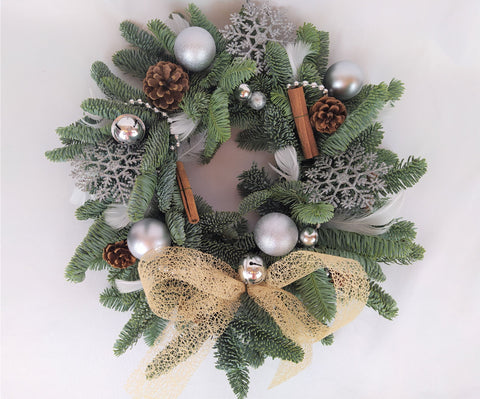 Christmas Wreath Kits, Best Christmas Wreaths, Luxury Christmas Wreaths, Wreaths and Garlands, DIY Wreath, Christmas Wreath Making, Christmas Wreath Making UK, Christmas Wreath for Sale, Christmas Wreath Decoration, Make your own Christmas Wreath
