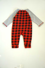 Load image into Gallery viewer, Red black plaid santa applique baby romper 900075