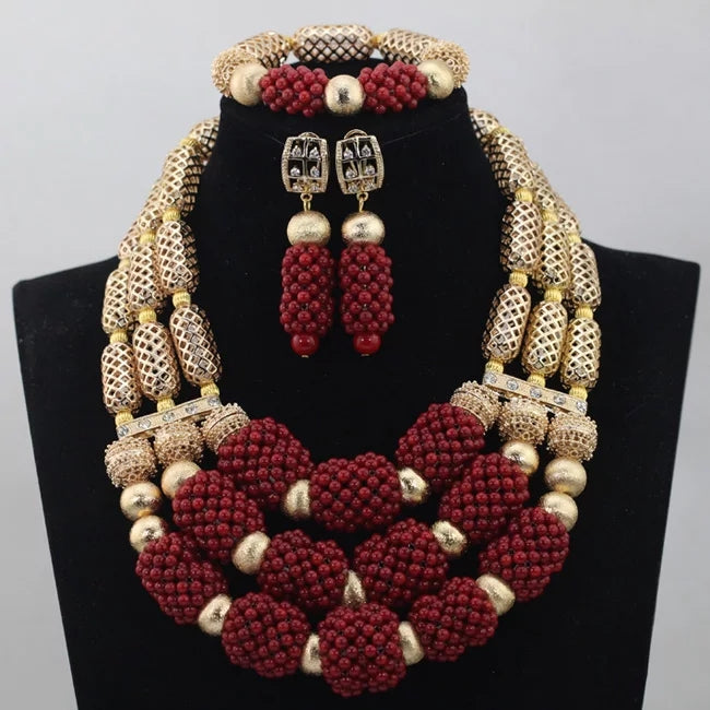 AFRICAN SET OF JEWELLERIES BEADS