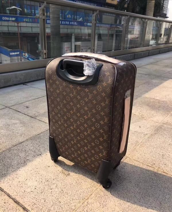 LOUIS VUITTON LUGGAGE WITH GUARANTE