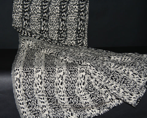 "Leopard Design Black White Hand Woven Cotton Blanket 70"" X 98"""