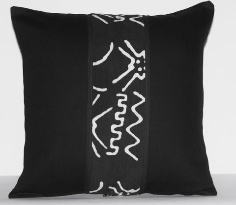 "African Mud Cloth Bogolon Applique Pillow Black White - Handcrafted in  18""X18"""