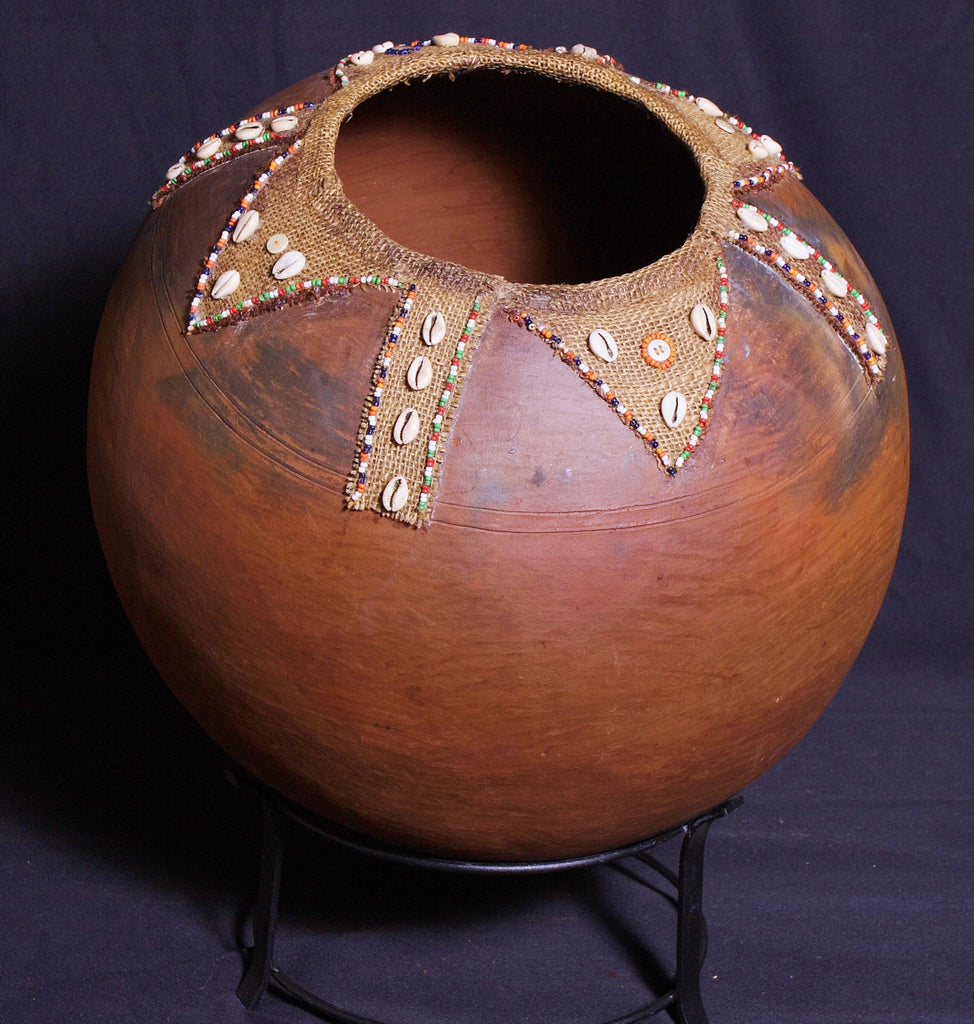 African Tribal Clay Lemba Pot to Hold the Sacred Waters of the Venda Tribe - South Africa - Cultures International From Africa To Your Home