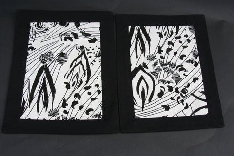 African Abstract Foliage Print Tablemat Black and White (1) - Cultures International From Africa To Your Home