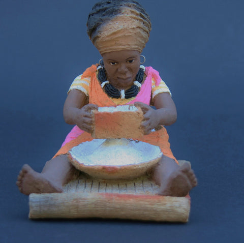 "African Figurine Pottery Sculpture Woman Sifting Maize 5"" X 5"" X4"""