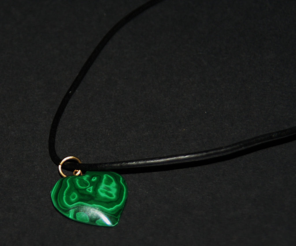 "Necklace Malachite Heart Pendant Vintage on Leather 24"" L"