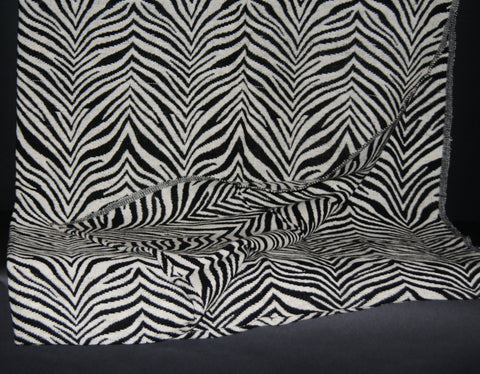 "Zebra Design Blanket/Throw Black and White Hand Woven Cotton 70"" X 98"""
