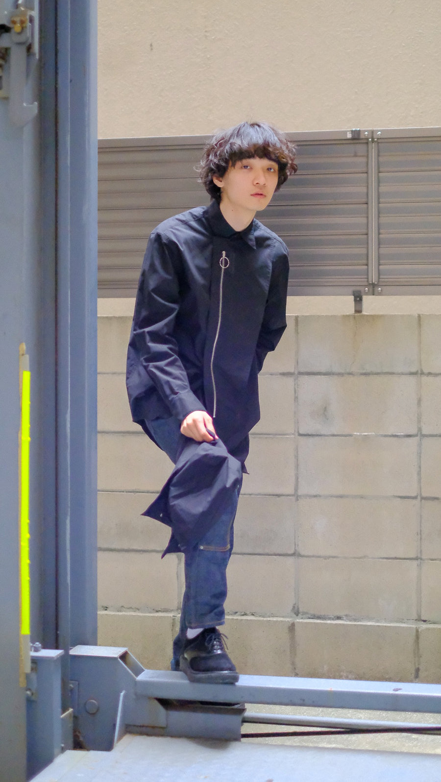 YUKI HASHIMOTO  DETACHABLE HOODED SHIRTS(BLACK)