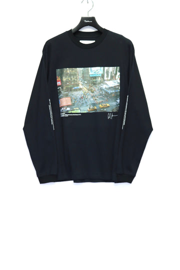 JOHN MASON SMITH × COLINE LANE TIMES SQUARE L/S T-SHIRT